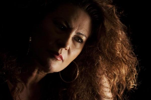 A LA LUZ DE SU CANTE - foto de Isabel Camps